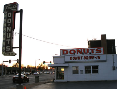 Donut Drive-In Gets New Sign